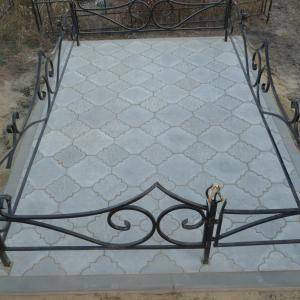 Тротуарная плитка двух размеров - Камень памяти - Примеры других исполнителей