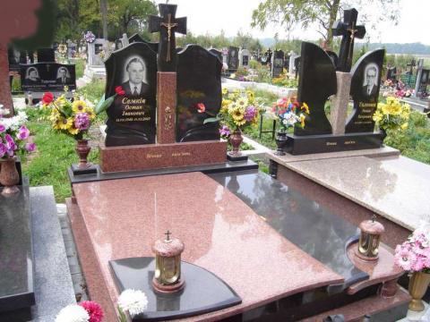 Гранитный комплекс для двух захоронений - Камень памяти - Примеры других исполнителей