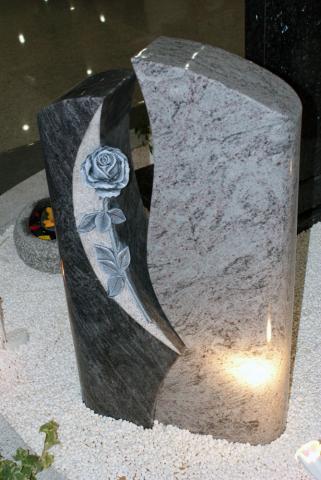 Памятник из двух видов мрамора - Камень памяти - Примеры других исполнителей