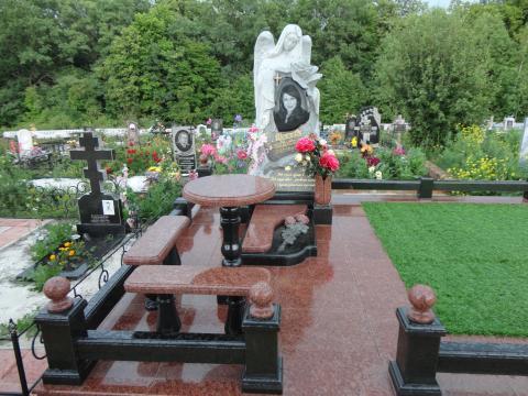 Большой комплекс с ангелом - Камень памяти - Примеры других исполнителей